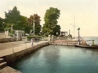 Royal Yacht Squadron jetty c1910