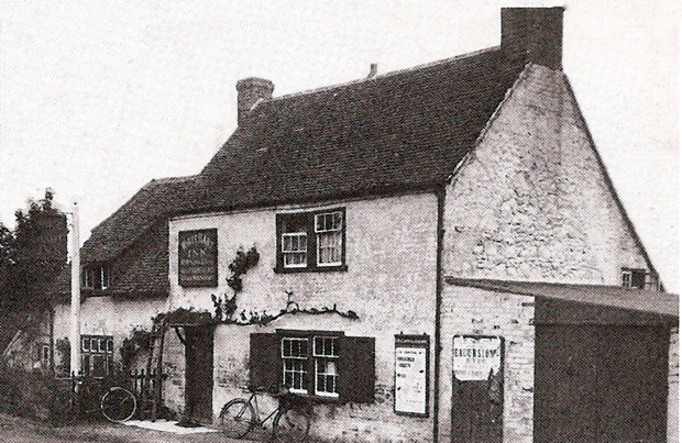Picture of White Hart Inn circa 1930