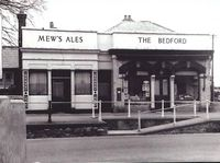 The Bedford P.H. The Mall, Newport