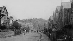 Looking down the High Street circa 1920