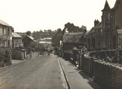 Looking down the High Street circa 1930s