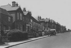 View up the High Street circa 1930
