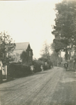 Wootton High St. The house on the left is No 89. c1922. IOW County Records