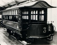 Ryde Pier horse drawn tram c1900. Permission of Hull Transport Museum